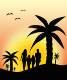 Familie die op vakantie lopen Stock Foto's