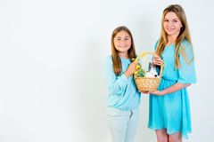 Familie die Pasen viert Royalty-vrije Stock Foto