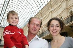 Familie in een winkel Stock Foto