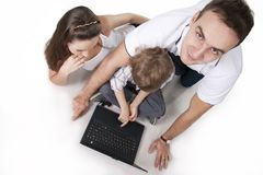 Familie en computer Royalty-vrije Stock Afbeelding