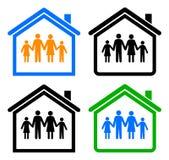 Familie en huis Royalty-vrije Stock Foto's
