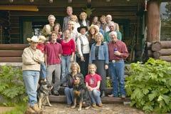 Familie en vrienden van John Taft in Honderdjarige Vallei bij Taft-Boerderij, Honderdjarige Vallei, dichtbij Lakeview-MT stock fotografie