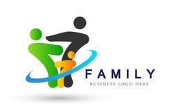 Familie in gelukkig unieembleem, familie, ouder, jonge geitjes, groene liefde, ouderschap, zorg, het ontwerpvector van het symboo royalty-vrije illustratie