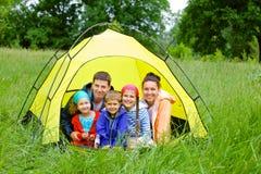 Familie het kamperen Royalty-vrije Stock Afbeelding