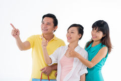 Familie met document zakken royalty-vrije stock foto's
