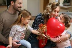 Familie met Kind twee stock afbeeldingen