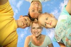 Familie met kinderen Stock Afbeelding