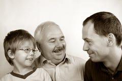 Familie mit drei Erzeugungen Lizenzfreies Stockfoto