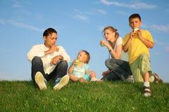 Familie mit Kindern Stockfoto