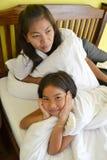 Familie mit Mutter und Tochter stockfoto