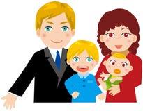 Familie mit zwei Kindern Lizenzfreie Stockfotos