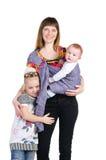 Familie, Mutter und Schätzchen in einem Riemen lizenzfreie stockbilder