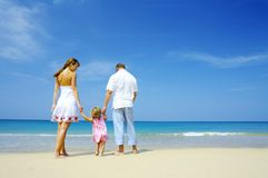 Familie op strand Stock Afbeelding