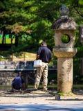 Familie @ Todai-jitempel, Nara, Japan Stockfotografie