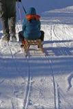 Familie und Winterspaß Stockfotografie