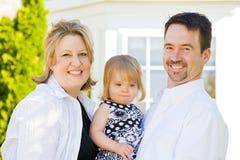 Familie voor Huis royalty-vrije stock afbeeldingen