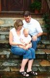 Familie zu Hause Stockbilder