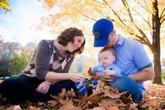 Familien-Spiel-Zeit stockfoto