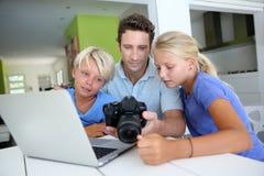 Familienerinnerungen Lizenzfreies Stockbild