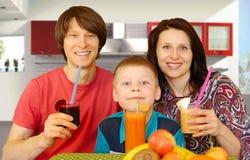 Familienfrühstückssäfte Stockbilder