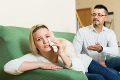 Familienkonflikt zu Hause Stockfotos