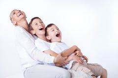 Familienporträt, Mutter mit Söhnen Lizenzfreie Stockbilder