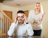 Familienstreit zu Hause Stockbilder
