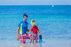 Familievrij duiken stock fotografie