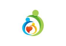 Familj förälder, unge, hjärta, logo, barnuppfostran, omsorg, cirkel, hälsa, utbildning, vektor för symbolsymbolsdesign Royaltyfri Fotografi