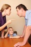familj för 3 conflict Arkivbild