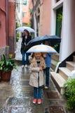 Familj i Italien arkivfoton