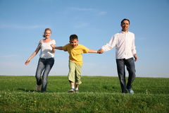 Familj med barnet Royaltyfri Foto