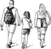 Familj på en gå Royaltyfri Bild