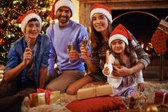 familj santas Fotografering för Bildbyråer