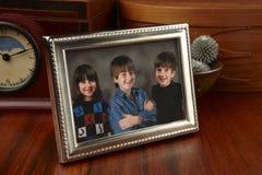 familjfoto arkivfoton