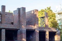 familjtegelstenhus under konstruktion i sommar inget arkivfoto