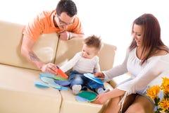 Famille à la maison d'intérieur Photos stock