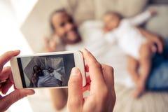 Famille afro-américaine Photographie stock libre de droits