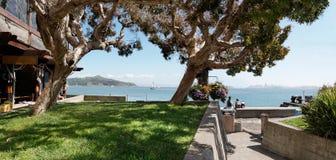 Famille appréciant la vue de San Francisco photos stock