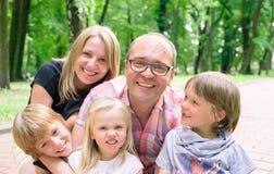 Famille avec les garçons et la fille Photos stock
