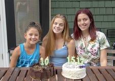 Famille célébrant des anniversaires des vacances à Seattle, Washington photographie stock