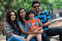 Famille de Channa Perera et de Gayathri Dias Photo stock
