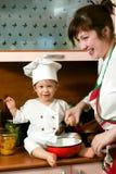 Famille de cuisinier Photographie stock libre de droits
