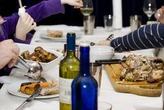 famille de dîner images libres de droits