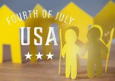Famille de papier jaune pour le quatrième de juillet Images stock