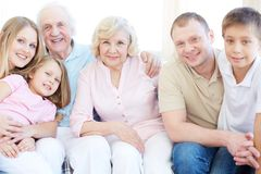 Famille de six Photo stock