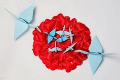 Famille des grues de papier de l'origami Photographie stock libre de droits