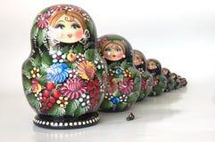 Famille des poupées emboîtées russes photos stock