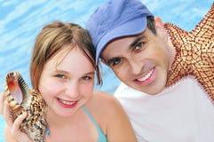 Famille des vacances tropicales images libres de droits
