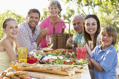 Famille dinant le fresque d'Al Photographie stock libre de droits